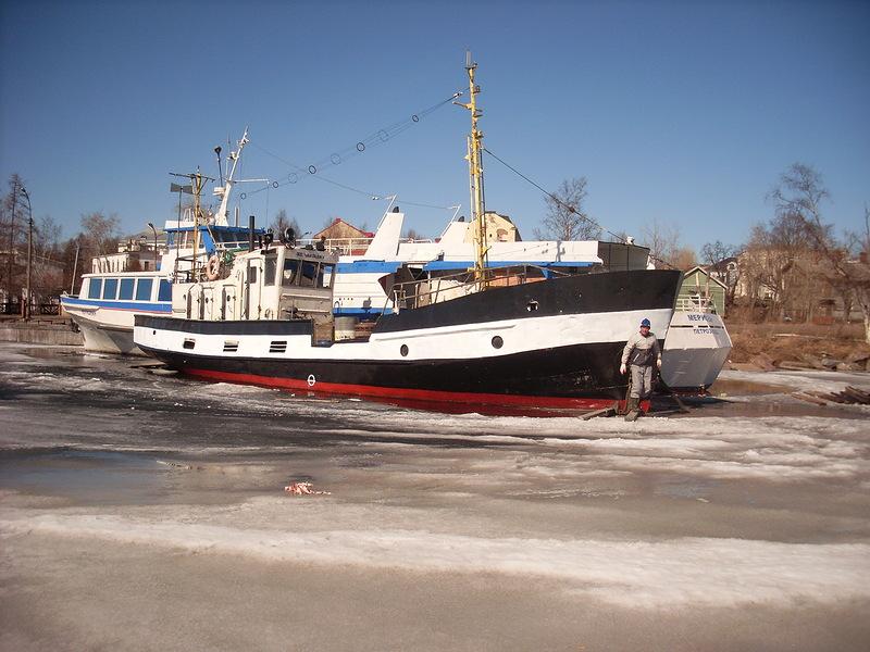 рыболовное судно карелия